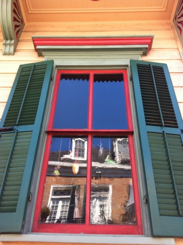 Nola Windows. They're the best.
